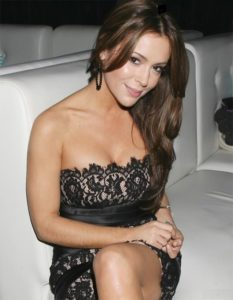 does alyssa milano have tattoos