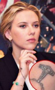 scarlet johansson tattoo, scarlett johansson tattoo wrist, scarlett johansson wrist tattoo