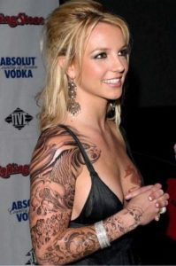 britney spears belly button pierced, britney spears belly button piercing, britney spears belly button ring, britney spears belly rings
